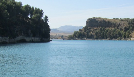 El-Chorro-Swim-in-the-lake-with-Marbella-Escapes