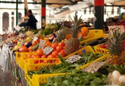 Weekly-market-Spain
